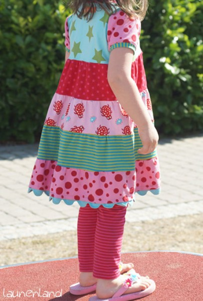 Lillesol Stufenkleid hinten