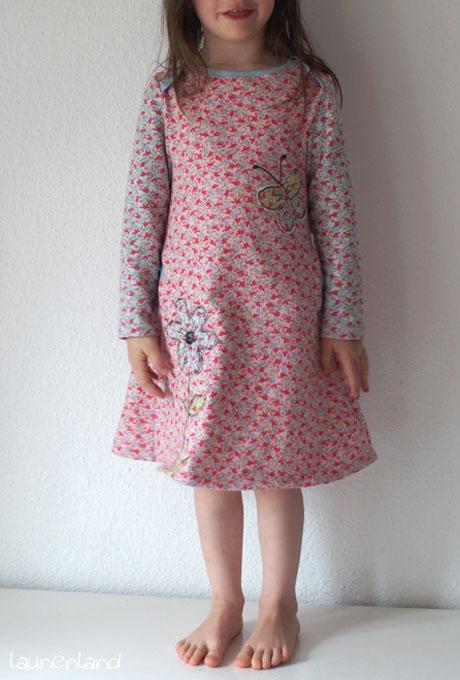 Lillesol Kleid mit amerikanischem Ausschnitt Sweat